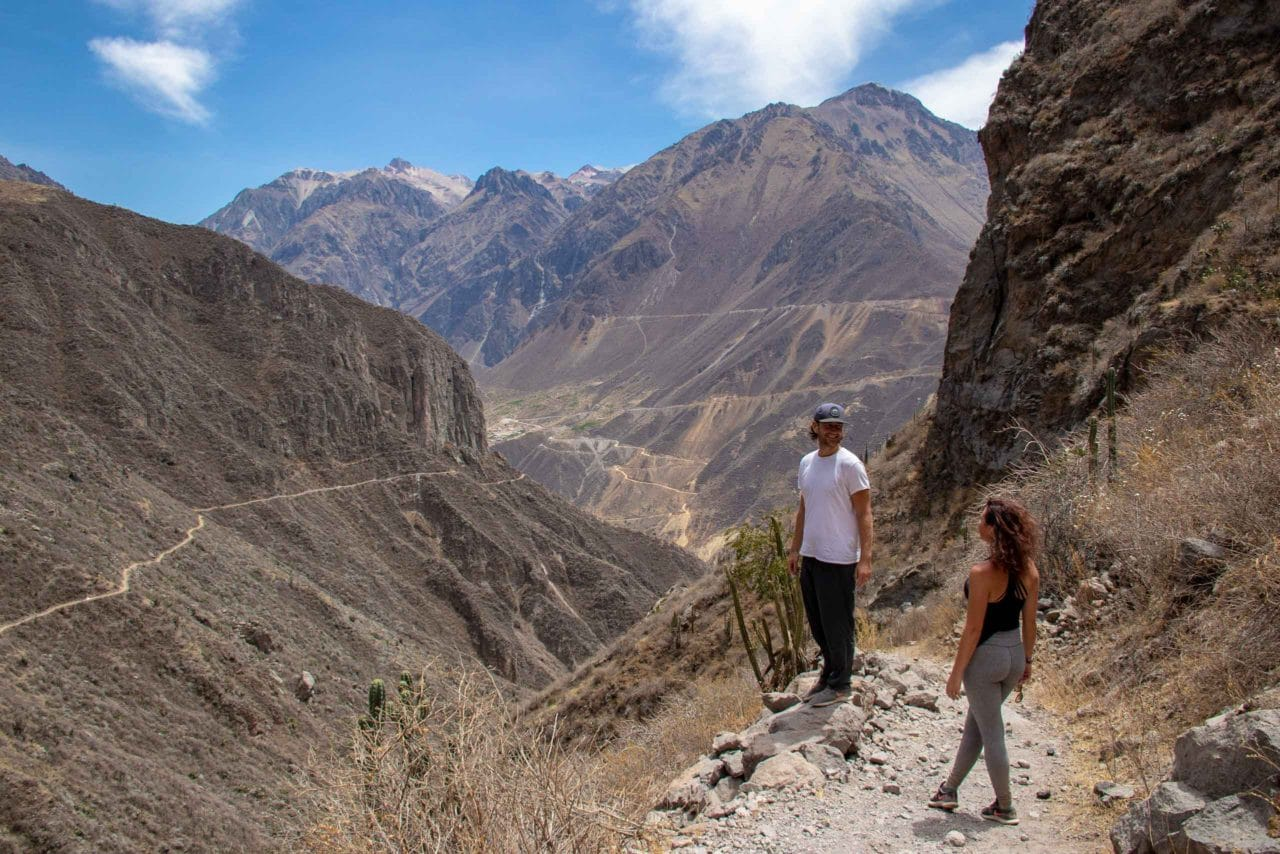 Hiking colca canyon without guide