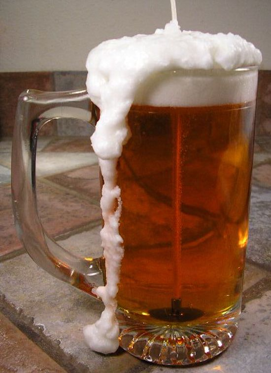 instructions how to make beer glass with froth on